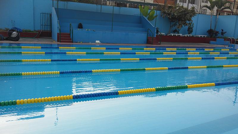 Andariveles separador de piscina mallas protectoras - Fabricacion de piscinas ...